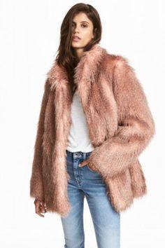 cf089a5cfdf7b Ces manteaux en fausse fourrure qui apportnet chaleur et style sans vider  le porte-monnaie