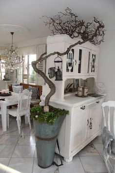 So you dears, not with me the trees in Wohnzi … – Shabby Chic Farmhouse Decor, Decor, Wall Decor, Vintage House, Home Decor, Shabby Chic Kitchen, Shabby Chic Homes, Room Decor, Home Deco