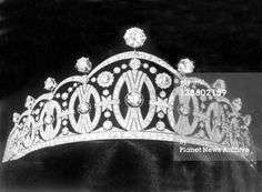 A close up of the Vasa tiara, a gift from the City of Stockholm to Princess Martha on the occasion of her wedding. The piece is still in use by the Royal Family of Norway.