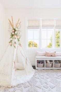 Light and airy nursery design #kidsbedroomfurniture