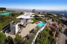 See 10 photos and 2 tips from 30 visitors to The Bird Streets in the Sunset Strip area of the Hollywood Hills. Interior Architecture, Interior And Exterior, Marble Island, Hall Of Mirrors, Sunset Strip, Expensive Houses, Mansions Homes, Hollywood Hills, Celebrity Houses