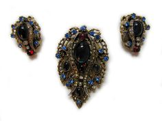 Vintage ART Jewelry Set with Brooch & Earrings from Woodstock Antiques