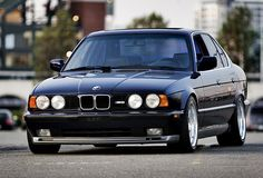 black 1991 BMW 735i | ... BMW look, which many people prefer, but once the E39 showed up