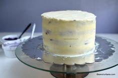 cum se imbraca un tort cu crema Food Cakes, Vanilla Cake, Cake Recipes, Caramel, Food And Drink, Pudding, Cookies, Desserts, Pies