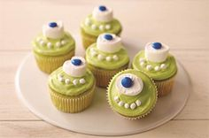 Mike Wazowski Cupcakes recipe with COOL WHIP Frosting