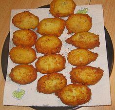 Pastéis de Bacalhau, ein tolles Rezept aus der Kategorie Fisch. Bewertungen: 29. Durchschnitt: Ø 4,3.