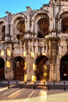 Provence toujours - arènes de Nîmes France