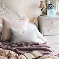 Good bye hump day - we're climbing into our cosy French beds early in the hopes the weekend might come early! This is another gorgeous piccy the lovely @tamsynmorgans styled for us recently - we'll be interviewing her over on our blog on Friday she'll be sharing tips on getting her unique style in your home.  Featuring our Snuggle Buddy Throw Velvet and Linen Cushions.  #frenchbedromcompany #pursuepretty #flashesofdelight #shabbychiccouture #shabbychichome #vintagehome #pocket_pretty…