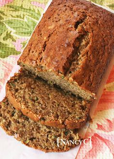 Zucchini Spice Bread - My Breakfast/Brunch Recipes - Zucchini Moist Zucchini Bread, Gluten Free Zucchini Bread, Zucchini Bread Recipes, Banana Bread Recipes, Healthy Zucchini Bread, Fried Zucchini, Zucchini Chips, Zucchini Lasagna, Lemon Recipes