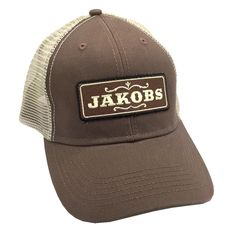 Be a Vault Hunter with the new Borderlands Jakobs Trucker hat, brought to you by Glitch Gaming Apparel and our friends at Gearbox! Adjustable snapback hat closure. Hat Color: Brown/Tan The Borderlands