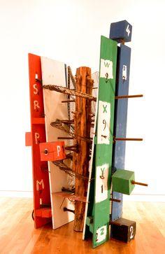 Etienne-Martin – L'Escalier  L'Escalier 1984 Bois, métal, plexiglas 225 x 150 x 128 cm Sc. 184 Dépôt du Fonds national d'art contemporain, 1991 ©Musée de Valence, photo Éric Caillet