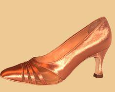 DanceSPOT - Sklep taneczny w Warszawie - profesjonalne buty do tańca
