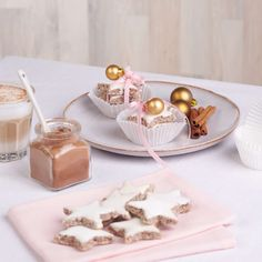 cake Panna Cotta, Place Card Holders, Ethnic Recipes, Advent, Cookies, Xmas, Cake Cookies, Christmas Classics, Macaroons