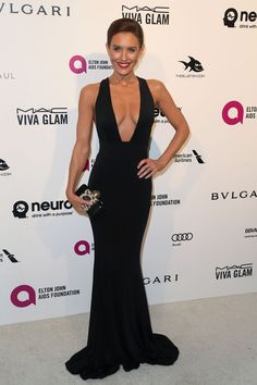 Nicky Whelan attends the 24th Annual Elton John AIDS Foundation