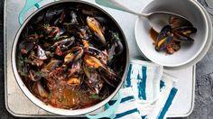 Tomato chilli mussels recipe