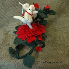 Pin Cushion Mouse Red Flower Primitive by MotherlodeToad on Etsy, $25.00