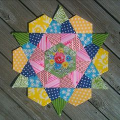 krista stitched: rose star block - help!