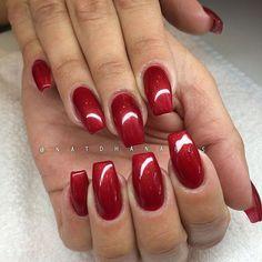 Påfyll/förstärkning på naturliga naglar med Pearl Red 070 från Semilac/ www.nagelbutiken.se ...