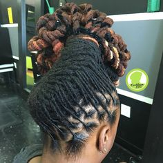 Pipe cleaner updo 💚 Done at Karibbean Kinks. ☎️ Text 3019961285 to book. 📍 Location 557 Ritchie Road, Capitol Heights MD Hours of… Dreadlock Styles, Dreadlock Hairstyles, Cool Hairstyles, Updo Styles, Hot Hair Styles, Natural Hair Styles, Loc Updo, Edgy Hair, Cut And Color