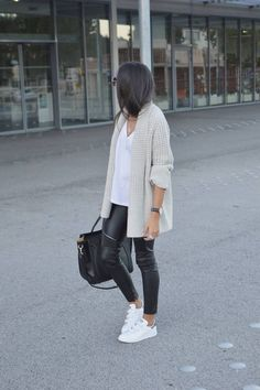 Leather leggings and chunky knit combos work so well for fall - especially when paired with white sneakers.