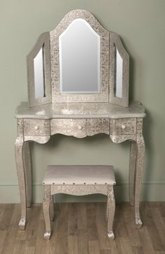 Iced White Silver Metal 3 Fold Dressing Table Mirror: vintagevibe.co.uk £85