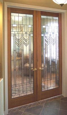 Can't get enough of Frank Lloyd Wright architecture? Bring it into your home with these mock FLW prairie style stained glass doors. Stained Glass Door, Leaded Glass, Glass Doors, Beveled Glass, Glass Design, Door Design, Design Art, Style Deco, Frank Lloyd Wright
