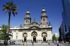 Catedral de Santiago na Plaza de Armas.
