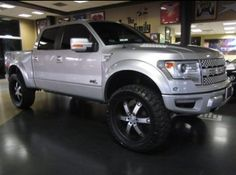 Ford Raptor. Wow, those tires!