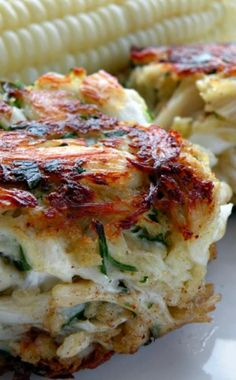 Pure and Simple Crab Cakes.The best kind! Seiferth I always think of you when I see crab cakes on the menu Food For Thought, Think Food, I Love Food, Good Food, Yummy Food, Tasty, Fish Recipes, Seafood Recipes, Dinner Recipes
