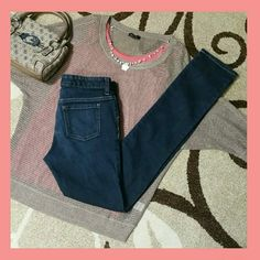 """Super Skinny Jeans For the petite gal, these Od Navy Super Skinny jeans in a nice dark wash are waiting for you! These are a girls* size 14 regular. They are in immaculate condition! Inseam 30"""".  (Jeans only, accessories not included*) Old Navy Jeans Skinny"""