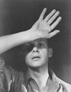 Henri Cartier-Bresson by George Platt Lynes.