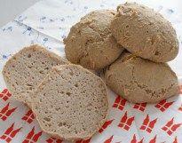 Glutenfri fødselsdagsboller og 'Smør' | Real Food Recipes, Bread, Breads, Buns, Sandwich Loaf, Healthy Food Recipes