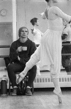 Nureyev watching rehearsal in November 1982.