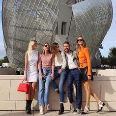 Lala Rudge, Helena Bordon, Gala Gonzalez,  Maxim Sapozhnikov & Chiara Ferragni in Louis Vuitton | PFW