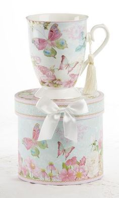 Gift Boxed Mug with Tassle - Butterfly - Roses And Teacups