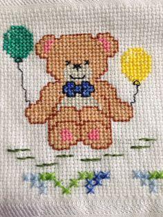 Cross Stitch Heart, Cross Stitch Alphabet, Cross Stitch Animals, Baby Embroidery, Cross Stitch Embroidery, Embroidery Patterns, Cross Stitch Designs, Cross Stitch Patterns, Le Point