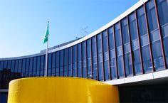 Embaixada do Brasil em Tóquio.