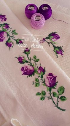 Amazing Hand Embroidery: Learn Flower Ideas with Tricks Hand Embroidery Tutorial, Embroidery Flowers Pattern, Hand Embroidery Stitches, Silk Ribbon Embroidery, Hand Embroidery Designs, Diy Embroidery, Cross Stitch Embroidery, Hardanger Embroidery, Cross Stitch Boarders