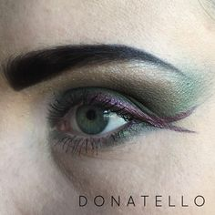 Donatello Teenage Mutant Turtle inspired eyeshadow. See how I did it at: http://www.cara-scott.com/blog/2014/10/12/tmnt-inspired-eyes