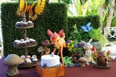 Decor at a Bambi Baby Shower OMG I soooooo want this theme if I EVER decide to have another baby!!!!
