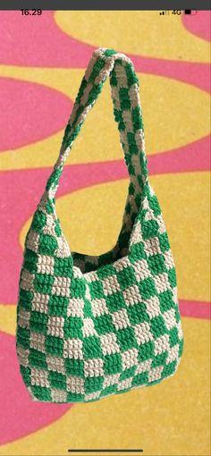 Crotchet Bags, Crochet Tote, Crochet Handbags, Knitted Bags, Crochet Designs, Knitting Designs, Crochet Patterns, Diy Crochet Projects, Crochet Crafts