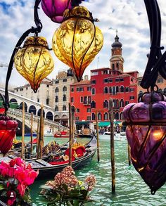 Venice - the vibrancy of the colours just lightens my heart. There is so much beauty in the world