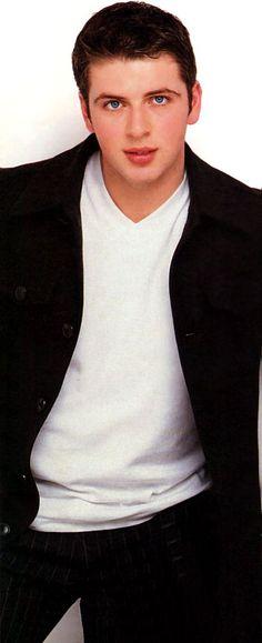 Westlife Live Kicking Magazine June 2000 (1)