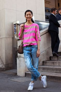 Neon stripes, boyfriend jeans and converse look amazing together // Stockholm Street Style