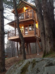 Treehouses to Spend the Night In . http://www.countryliving.com/outdoor/outdoor-living/treehouse-hotel#slide-1