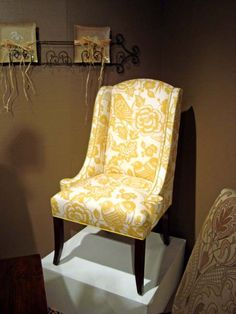 DesignMaster Dining Room Wing Back Hostess Chair 01-484 - Luxe Home Interiors Richmond - Richmond, VA