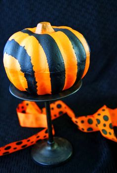 michelle paige: Fast Striped Pumpkins