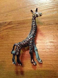 Giraffe Brooch Gold Tone w/ black and patina #Giraffe #Brooch