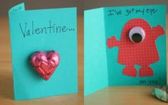 Fun monster valentines for kids by way LeBaron -- super easy for little ones to help make! use minion maybe Kinder Valentines, My Funny Valentine, Homemade Valentines, Valentine Day Love, Valentine Day Crafts, Holiday Crafts, Valentine Ideas, Holiday Ideas, Party Crafts