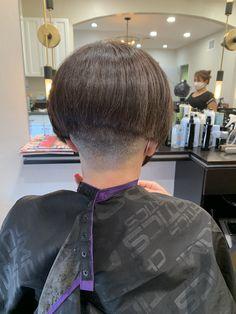 Stacked Bob Hairstyles, Short Hairstyles, Short Stacked Bobs, Shaved Nape, Bob S, Hair Models, Page Boy, Short Hair Cuts, Shaving